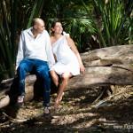 Paarfotos am Strand und im Grünen in der Karibik