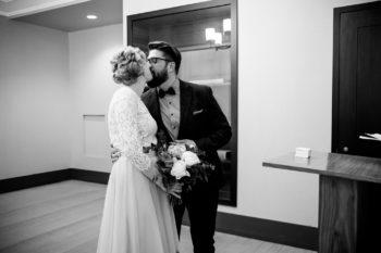 New York City Hall Hochzeit mit deutschsprachigem Hochzeitsfotograf Elopement