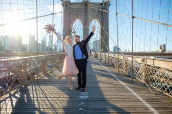 Hochzeitsfotograf New York Brautpaar auf der Brooklyn Bridge